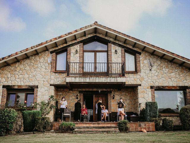 La boda de Diego y Raquel en Quintueles, Asturias 1