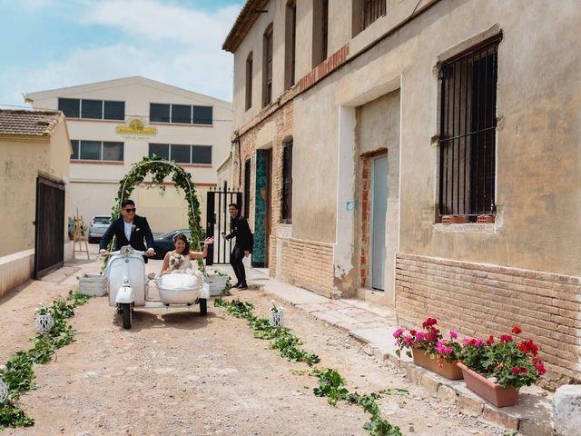 La boda de Miguel Ángel y Andrea en Alboraya, Valencia 18