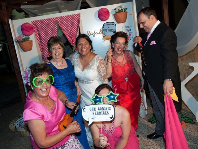 La boda de Rafa y Katy en Badajoz, Badajoz 22