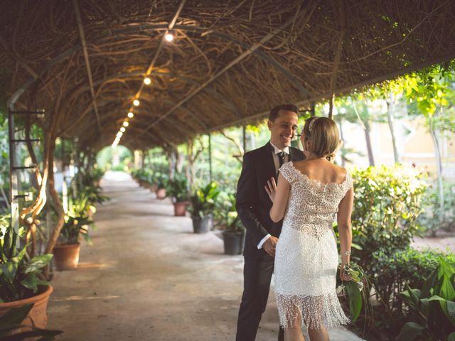 La boda de Arturo y Isabel en Godella, Valencia 14