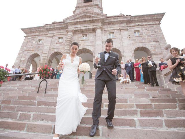 La boda de Ion y Ana en Gorraiz, Navarra 26
