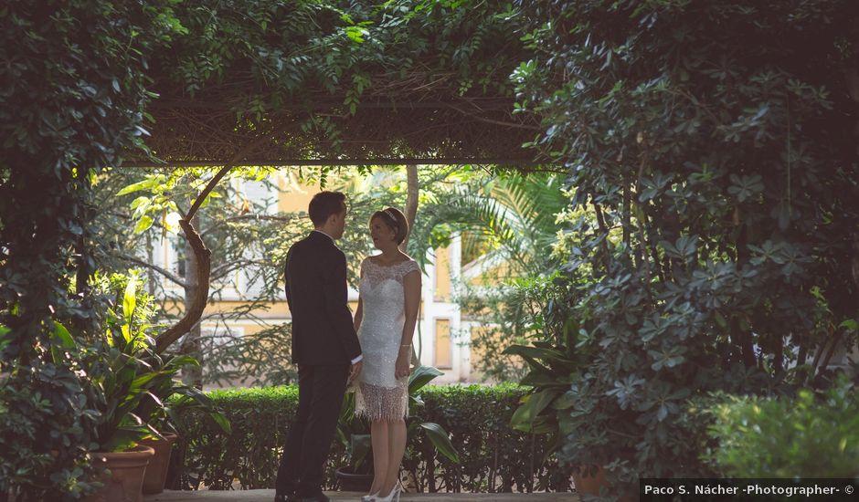 La boda de Arturo y Isabel en Godella, Valencia