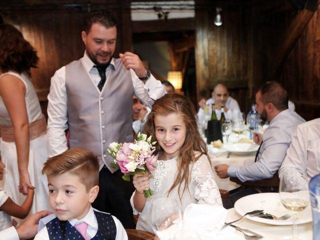 La boda de Juan Carlos y Patricia en Loiu, Vizcaya 23