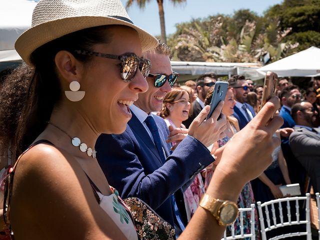 La boda de Carlos y Nadia en Conil De La Frontera, Cádiz 19