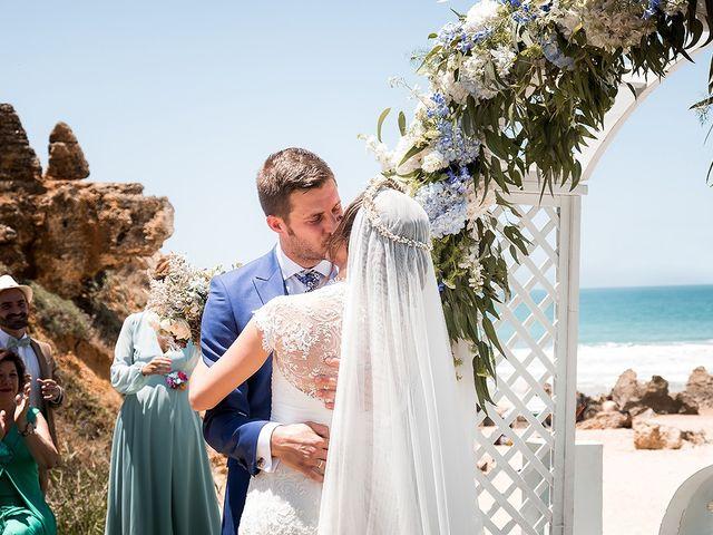 La boda de Carlos y Nadia en Conil De La Frontera, Cádiz 27
