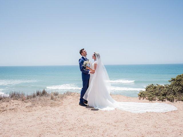 La boda de Carlos y Nadia en Conil De La Frontera, Cádiz 31