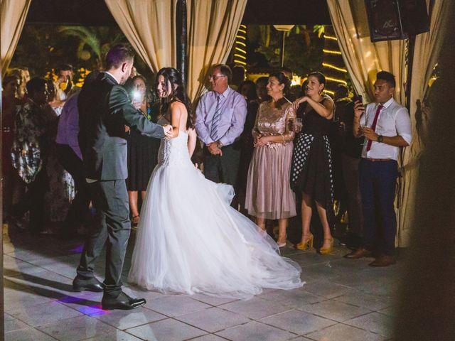 La boda de Juanmi y Vero en Sant Vicent Del Raspeig/san Vicente Del, Alicante 26