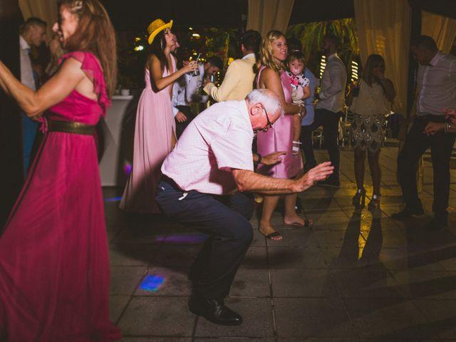 La boda de Juanmi y Vero en Sant Vicent Del Raspeig/san Vicente Del, Alicante 28