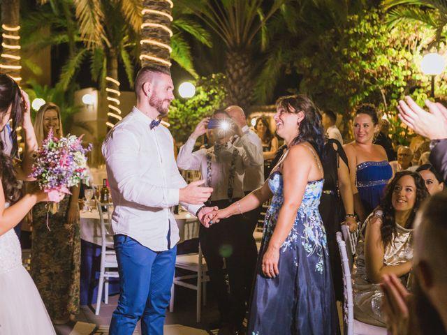 La boda de Juanmi y Vero en Sant Vicent Del Raspeig/san Vicente Del, Alicante 25