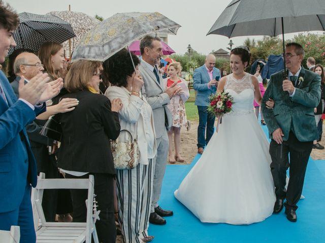 La boda de Nuria y Amanda en L' Ametlla De Mar, Tarragona 17