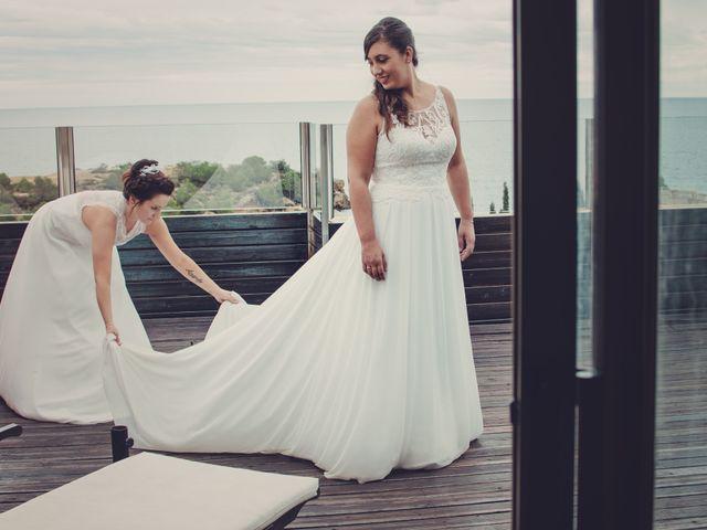 La boda de Nuria y Amanda en L' Ametlla De Mar, Tarragona 31