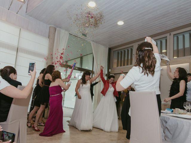 La boda de Nuria y Amanda en L' Ametlla De Mar, Tarragona 32
