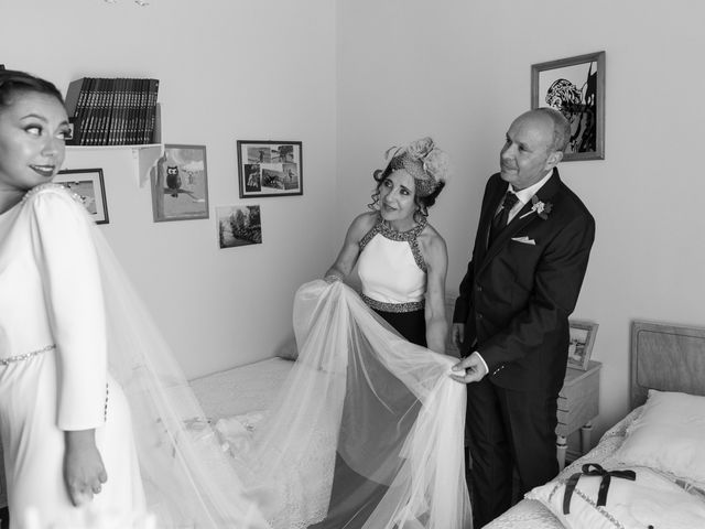 La boda de José y Betty en A Pobra Do Caramiñal, A Coruña 7