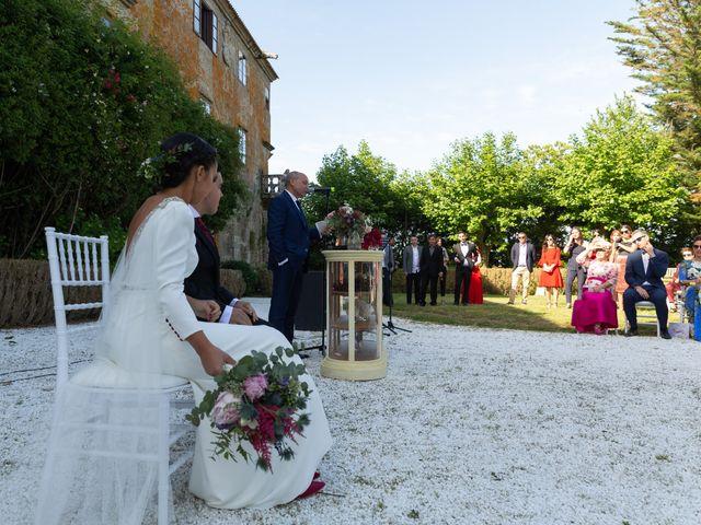 La boda de José y Betty en A Pobra Do Caramiñal, A Coruña 12