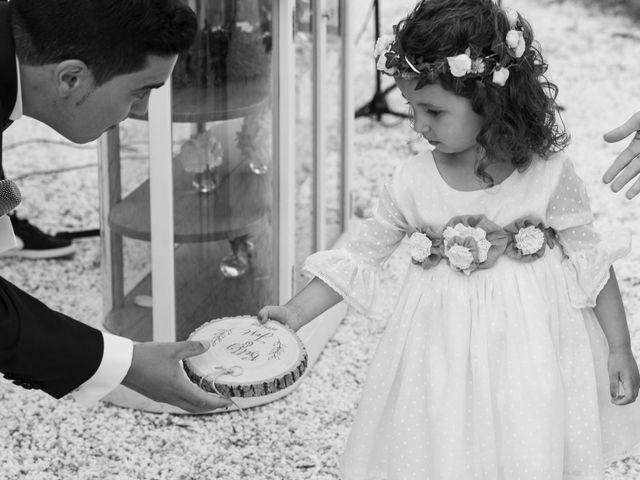 La boda de José y Betty en A Pobra Do Caramiñal, A Coruña 13