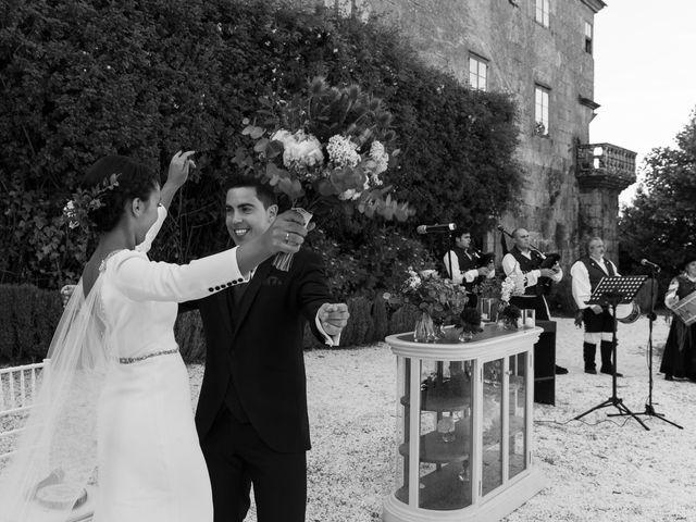 La boda de José y Betty en A Pobra Do Caramiñal, A Coruña 16
