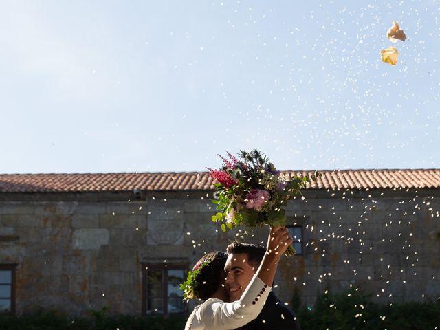 La boda de José y Betty en A Pobra Do Caramiñal, A Coruña 20
