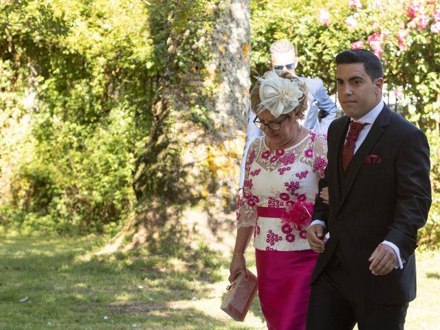 La boda de José y Betty en A Pobra Do Caramiñal, A Coruña 26