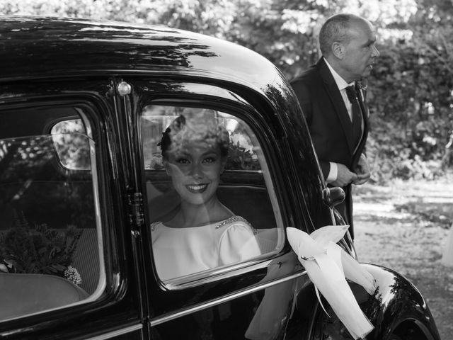 La boda de José y Betty en A Pobra Do Caramiñal, A Coruña 27