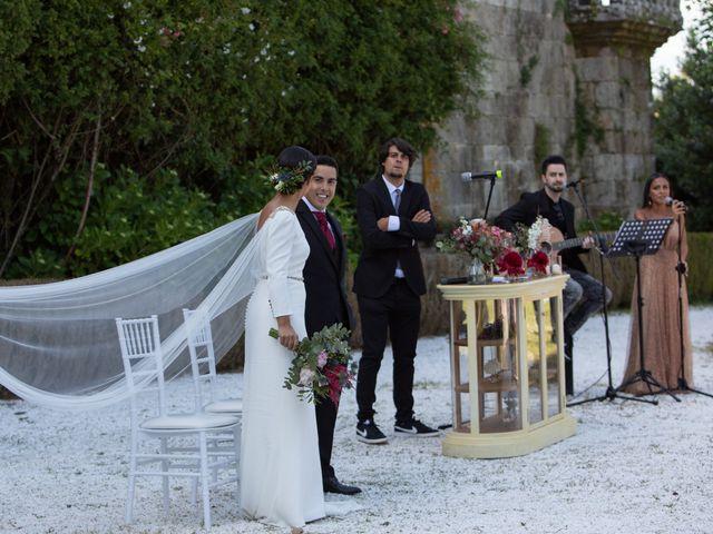 La boda de José y Betty en A Pobra Do Caramiñal, A Coruña 30