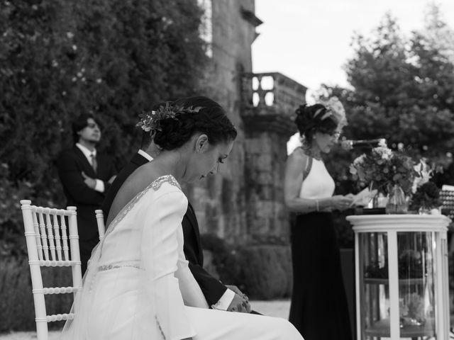La boda de José y Betty en A Pobra Do Caramiñal, A Coruña 32