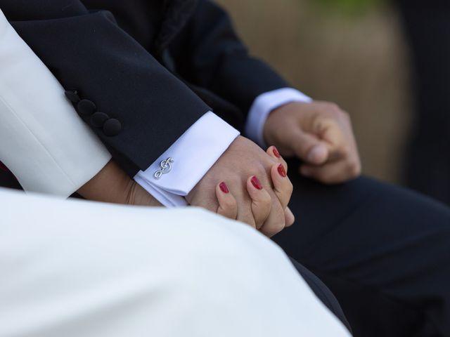 La boda de José y Betty en A Pobra Do Caramiñal, A Coruña 33