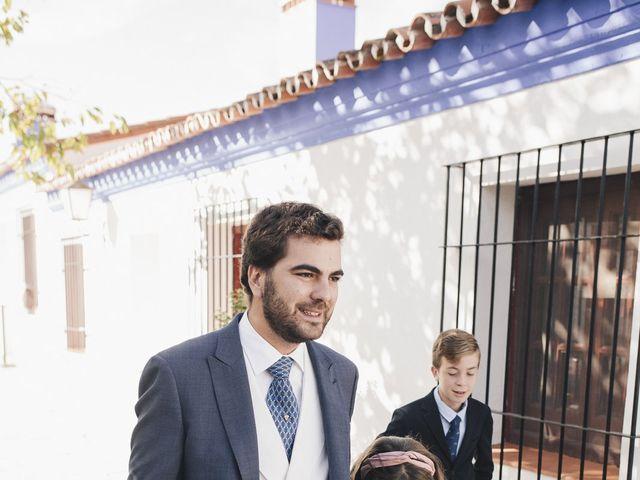 La boda de María y Santi en Oliva De La Frontera, Badajoz 23