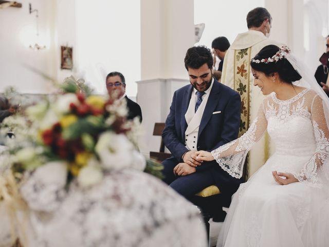 La boda de María y Santi en Oliva De La Frontera, Badajoz 61