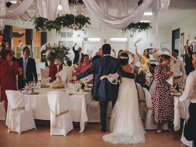 La boda de María y Santi en Oliva De La Frontera, Badajoz 77