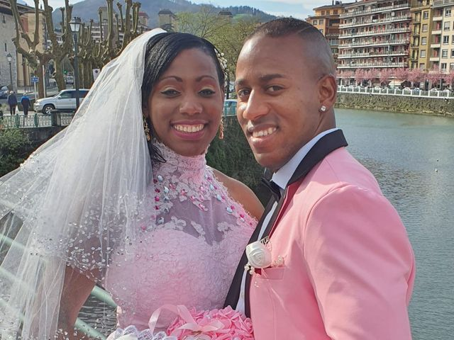 La boda de Aliuska  y Royddis en Tolosa, Guipúzcoa 3