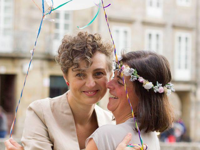 La boda de Patricia y Ana en Santiago De Compostela, A Coruña 23