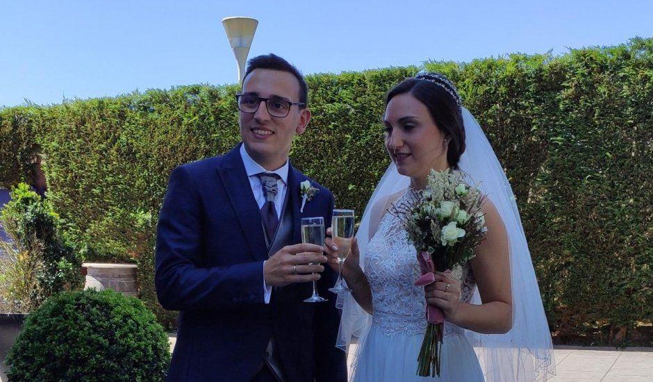 La boda de María  y Javier  en Bilbao, Vizcaya