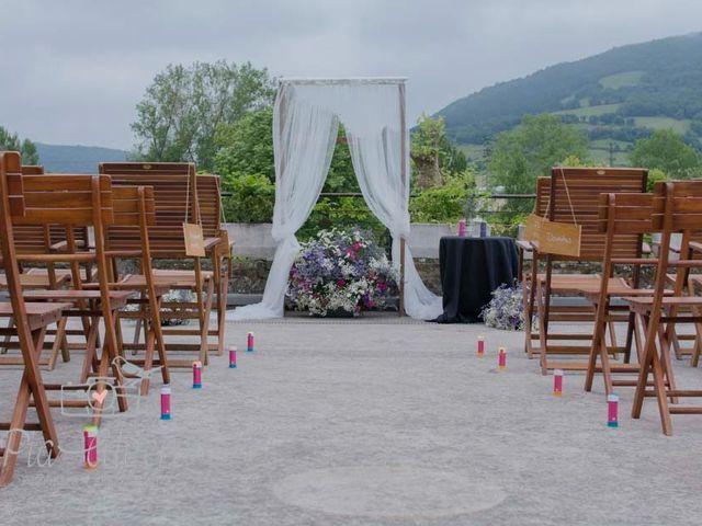 La boda de Juan Luis y Yara en Amurrio, Álava 23