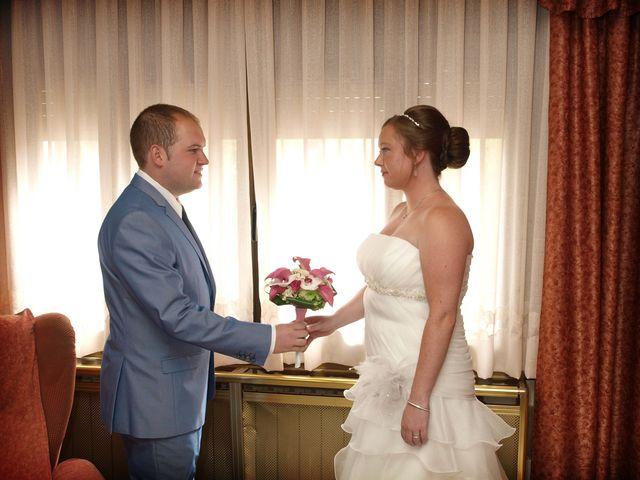 La boda de Emi y Carlos en Teruel, Teruel 4