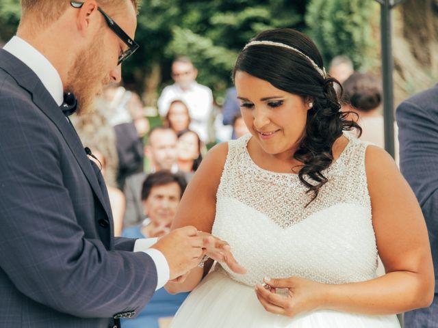 La boda de Dani y Lore en Vilagarcía de Arousa, Pontevedra 19