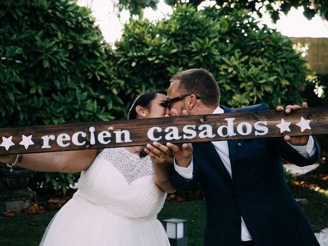 La boda de Dani y Lore en Vilagarcía de Arousa, Pontevedra 23