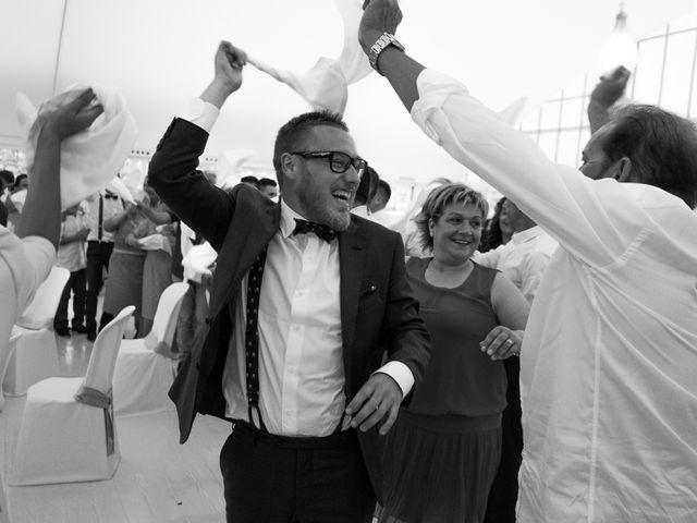 La boda de Dani y Lore en Vilagarcía de Arousa, Pontevedra 28