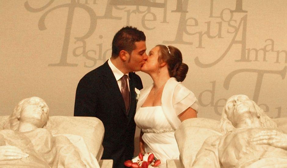 La boda de Emi y Carlos en Teruel, Teruel