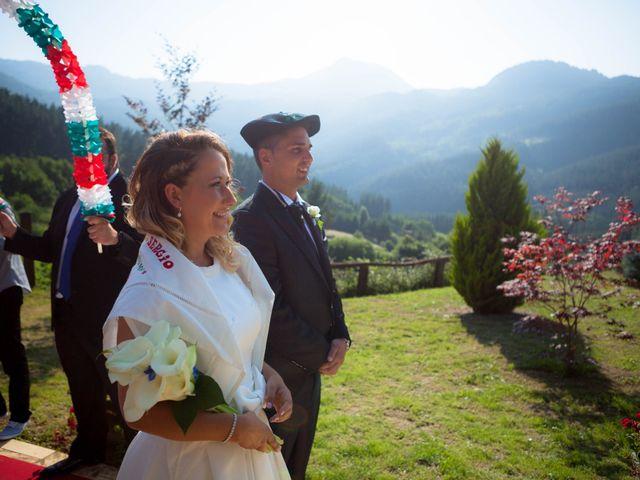 La boda de Sergio y Esther en Zeanuri, Vizcaya 1