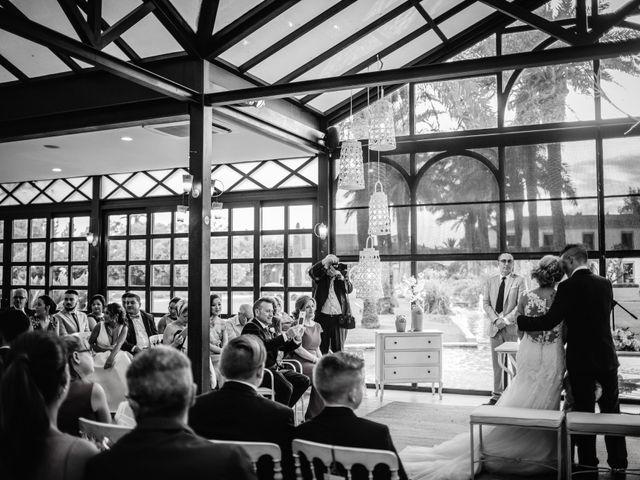 La boda de Pablo y Sandra en El Puig, Barcelona 23