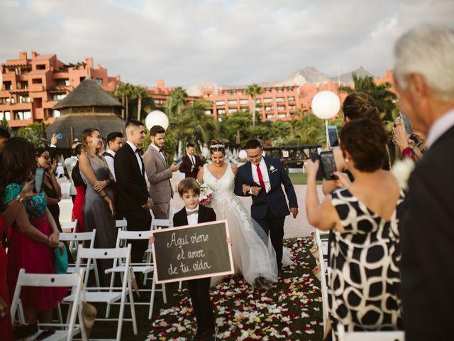 La boda de Juan Carlos  y Abigail en La Caleta (Adeje), Santa Cruz de Tenerife 14