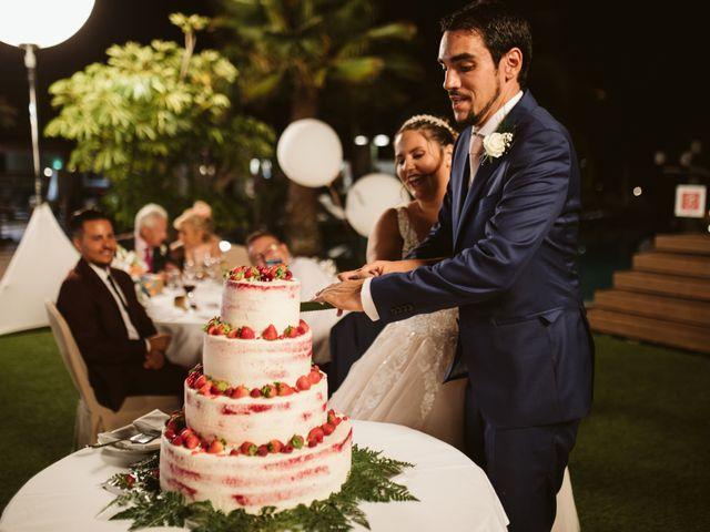 La boda de Juan Carlos  y Abigail en La Caleta (Adeje), Santa Cruz de Tenerife 31