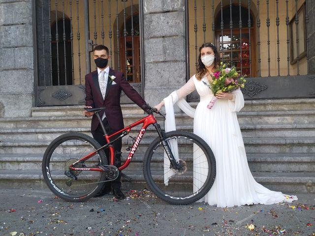 La boda de Aritz y Sarai en Ugao-miraballes, Vizcaya 17