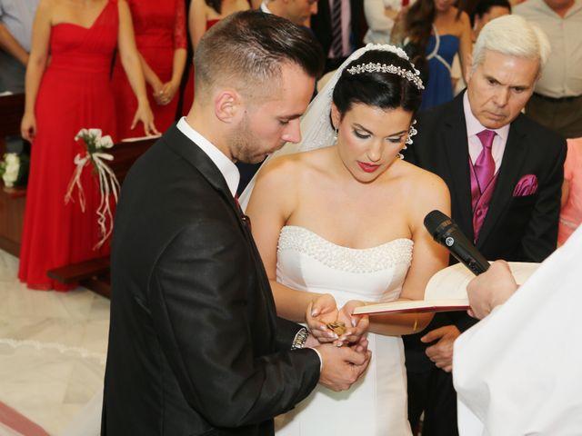 La boda de Manuel y Carolina en Utrera, Sevilla 14