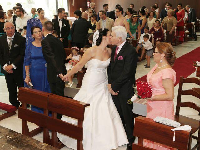 La boda de Manuel y Carolina en Utrera, Sevilla 16