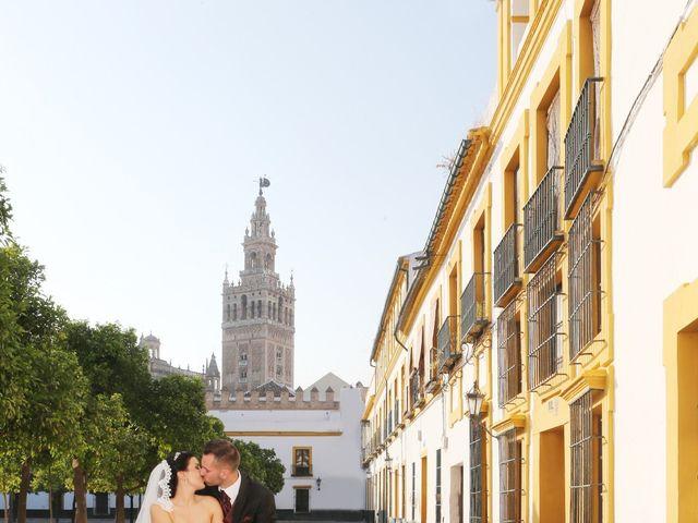 La boda de Manuel y Carolina en Utrera, Sevilla 21