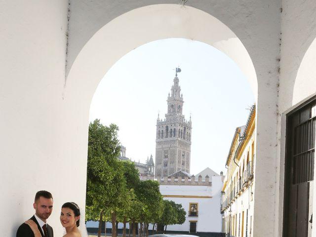 La boda de Manuel y Carolina en Utrera, Sevilla 22