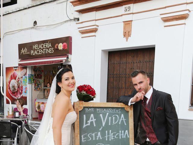 La boda de Manuel y Carolina en Utrera, Sevilla 26