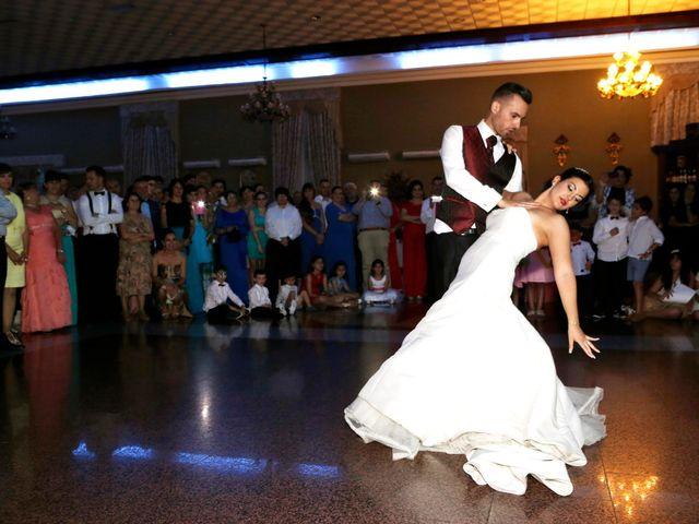 La boda de Manuel y Carolina en Utrera, Sevilla 30