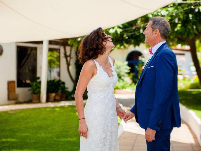 La boda de Roberto y Virginia en El Pinar De Antequera, Valladolid 5